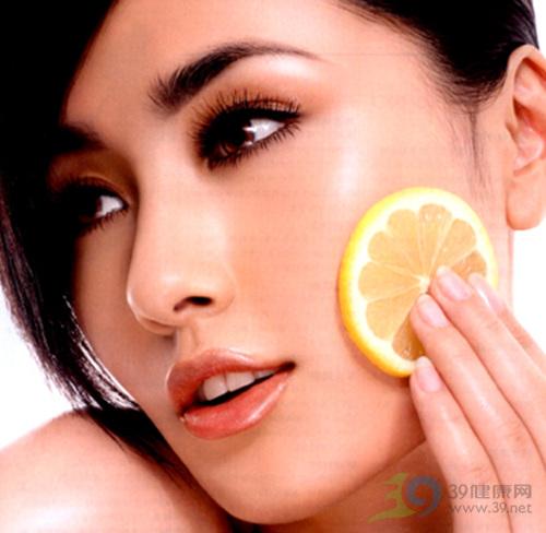自製:檸檬保濕爽膚液