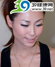 5步新年炫銀派對妝