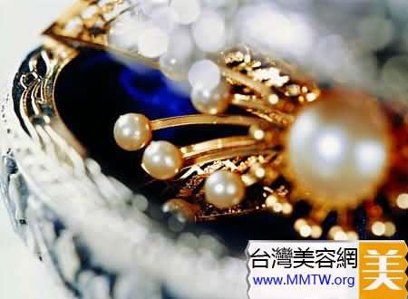 珍珠粉巧變自製面膜來護膚