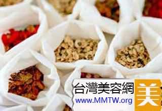 11款高效美白祛斑面膜DIY-玫瑰可以高效美白