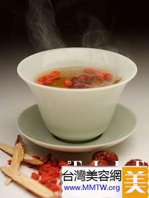 蜂蜜紅棗茶使皮膚細嫩有光澤