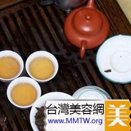 改善痛經不適:益母草紅糖茶