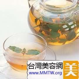 養顏補氣潤肌:紅棗酒釀茶