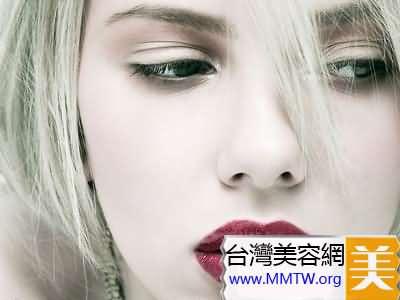 嘴唇為青黑(紫)色