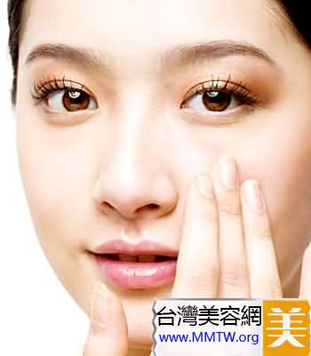 眼周唇部不需要防曬霜