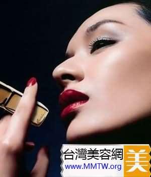 每年攝入的數百克的唇膏會對你的健康有害