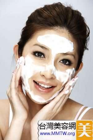 洗臉次數早晚一次
