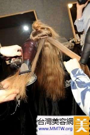 2011必改的美容壞習慣:每天都吹頭髮