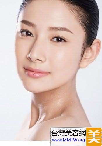 額頭、眼角和唇角防皺紋