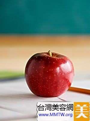 蘋果掃光便秘痛苦