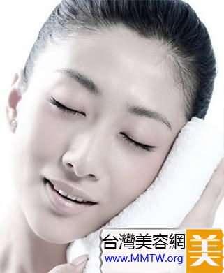 毛孔的護理具體做法
