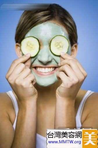 最適的洗臉溫度,是38-40℃的微溫水