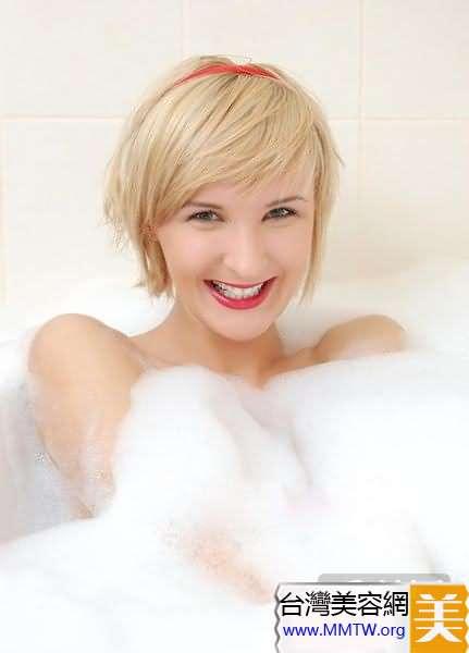 揭秘好萊塢女星10個牙齒美白秘訣(2)