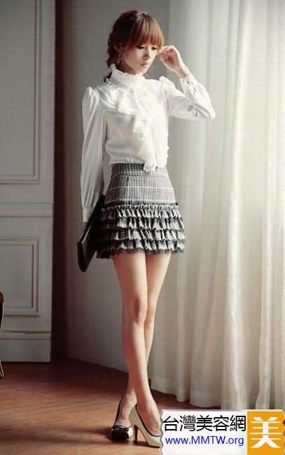 秀美腿就穿包臀短裙