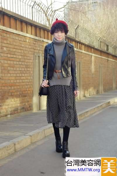 小皮衣時尚搭配 配裙配褲都有型