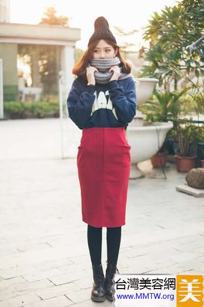 短衛衣時尚搭 長裙緊身褲顯高又顯潮