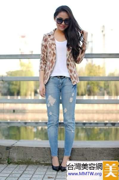 春季西裝搭配小腳褲 苗條高挑有女人味
