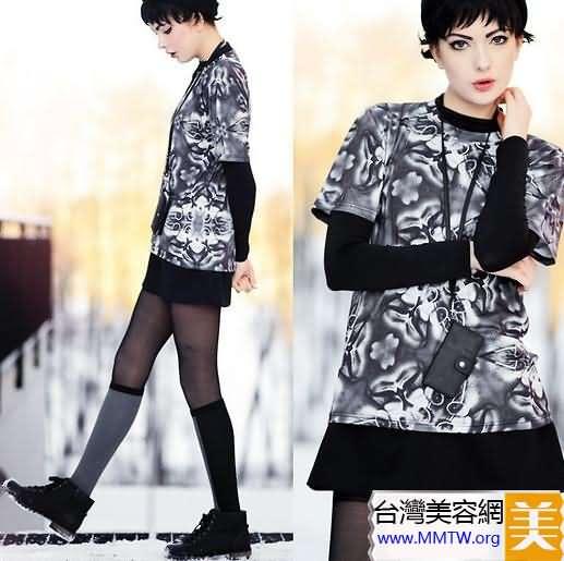 衛衣潮流LOOK 搭配短裙時髦有活力