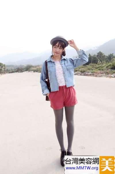 短褲搭配平底鞋 春遊舒心就靠它