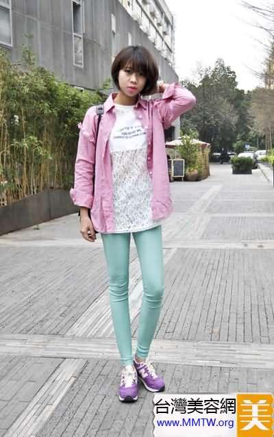 春季流行襯衣當外套 內搭T恤舒適顯年輕