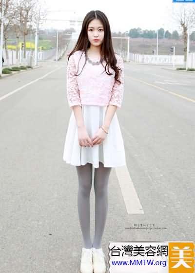 超短裙+絲襪秀美腿 管他黑絲白絲和肉絲
