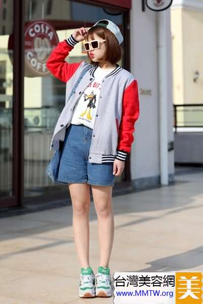棒球外套+短褲減齡搭 春遊舒適好行頭