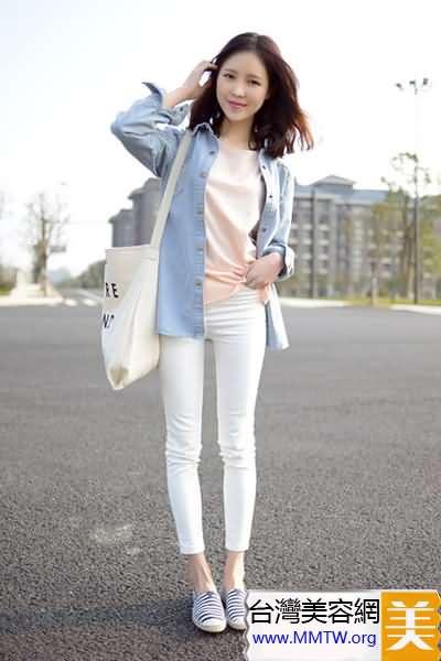 襯衣穿出休閒風 搭配小腳褲舒適顯瘦