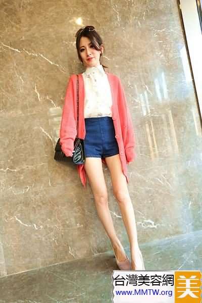 春裝長袖襯衣搭短褲 展示長腿能增高