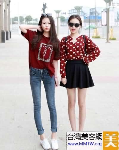 最美雙胞胎姐妹花 時髦搭配顯默契