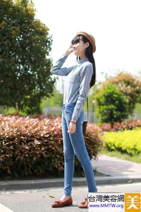 襯衣T恤+高腰緊身褲 打造長腿顯高挑