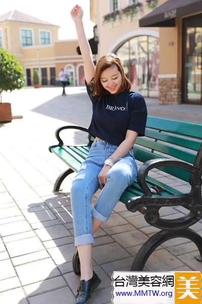黑色T恤經典百搭 春夏顯瘦最簡單