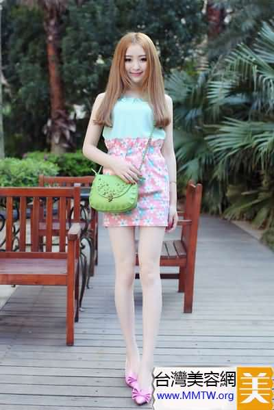 淑女最愛尖頭鞋 搭配裙子優雅似名媛