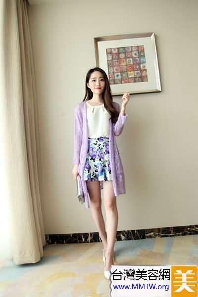 黑妹夏季顯白搭配 紫色藍色清爽襯膚白