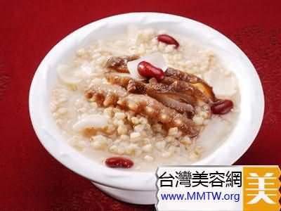 鮭魚根菜粥