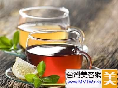 綠茶+薏仁+艾蒿茶