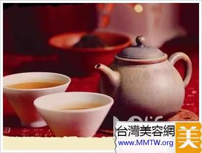 節食便秘喝決明子茶