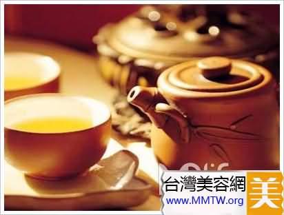 浮腫者喝薏仁茶