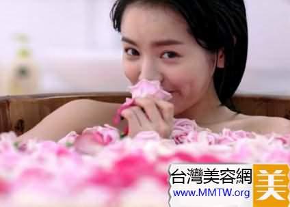 玫瑰花瓣浴美白潤膚