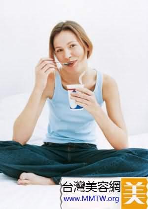 喝酸奶清腸又排毒