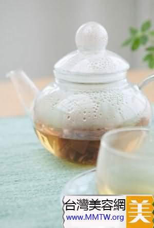 荷葉山楂蜂蜜茶