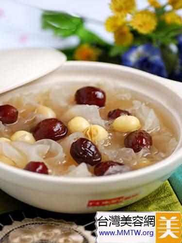 竹筍銀耳湯