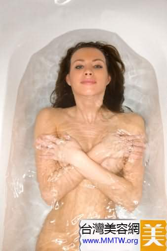 懶人洗澡時順便減肥的N個小動作