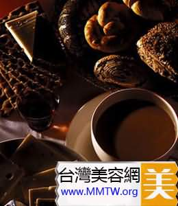 早餐前喝咖啡